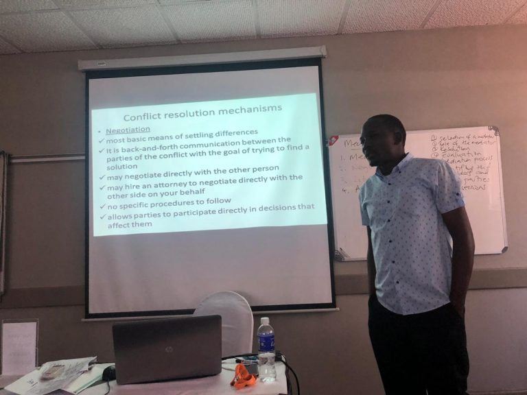 Read more about the article Heal Zimbabwe conducts peace building training for CBOs